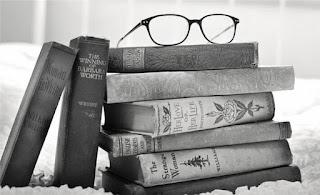 Kitapların Hayatımızdaki Yeri ve Önemi ile İlgili Kompozisyon