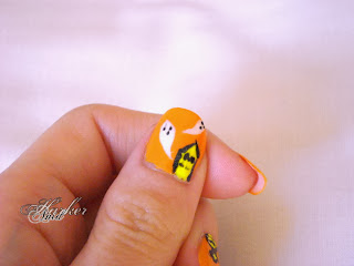 ghost halloween nail art