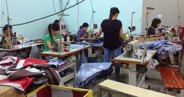 Xưởng sản xuất dù cầm tay
