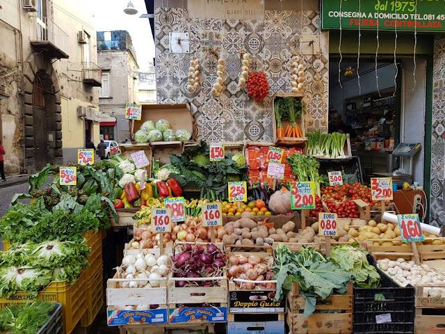 Fruttivendolo-Rione Sanità-Napoli