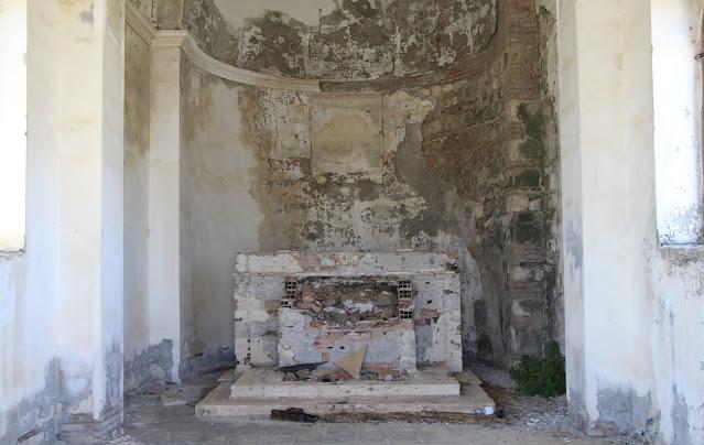 Interno Chiesa Sanzanello