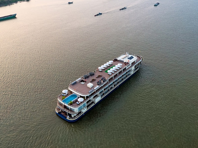Luxury cruise ship opens Can Tho-Phnom Penh route