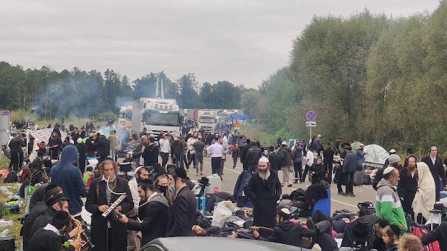 Президент України обговорив з Головою Держприкордонслужби заходи із забезпечення порядку на кордоні з Білоруссю через масове прибуття паломників-хасидів