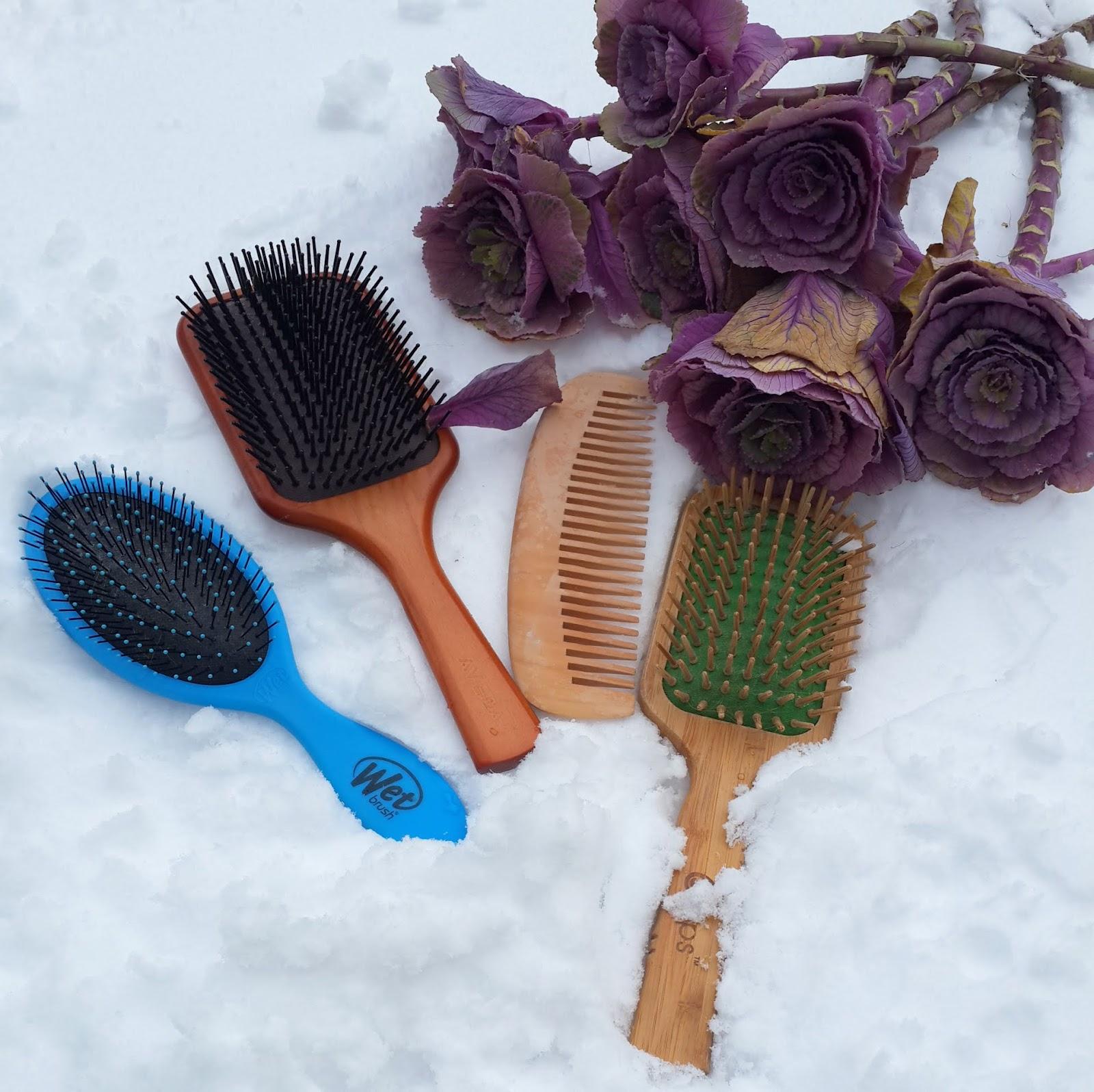 Fırça ve taraklar nasıl temizlenir