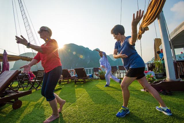 7 fun activities in Ha Long Bay 7