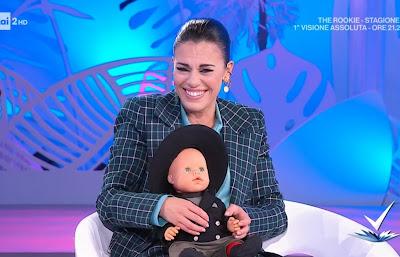 Bianca Guaccero foto con il bambolotto