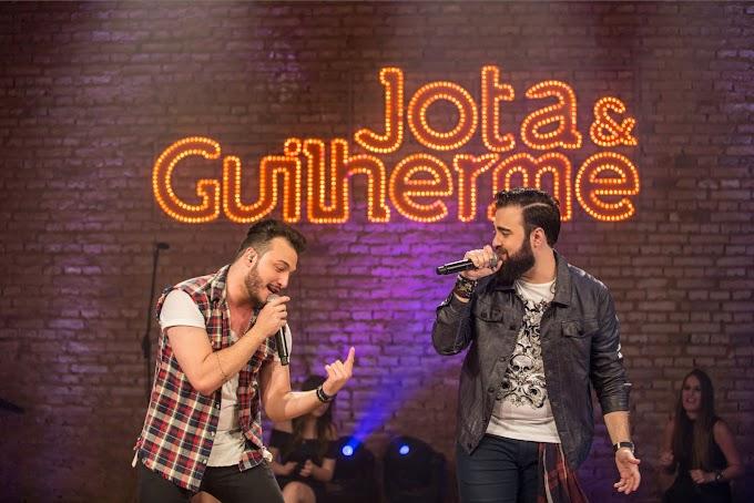 JOTA E GUILHERME FAZEM LIVE SOLIDÁRIA NESTE SÁBADO - #PELAINOTÍCIA