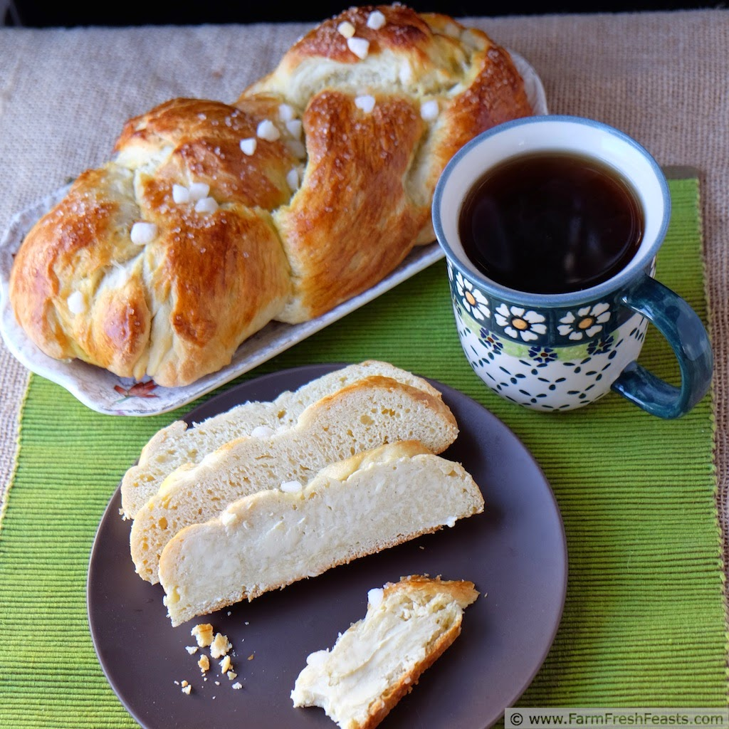 http://www.farmfreshfeasts.com/2014/12/finnish-pulla-cardamom-coffee-braid.html