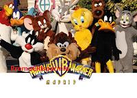 Logo Chicco porta te e la tua famiglia al parco divertimenti Warner Bros di Madrid