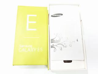 Dus Hape Samsung Galaxy E5 SM-E500H/DS Samsung Box