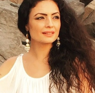 Kavita Ghai | 'Ishq Aaj Kal' ZEE5 Web Series Wiki, Cast, Character Real Name, Story, Plot, Start Date | AllBioWiki