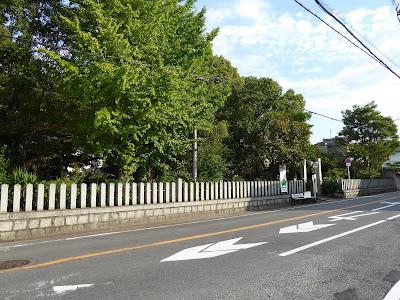 和田賢秀公墓 東高野街道(170号線)