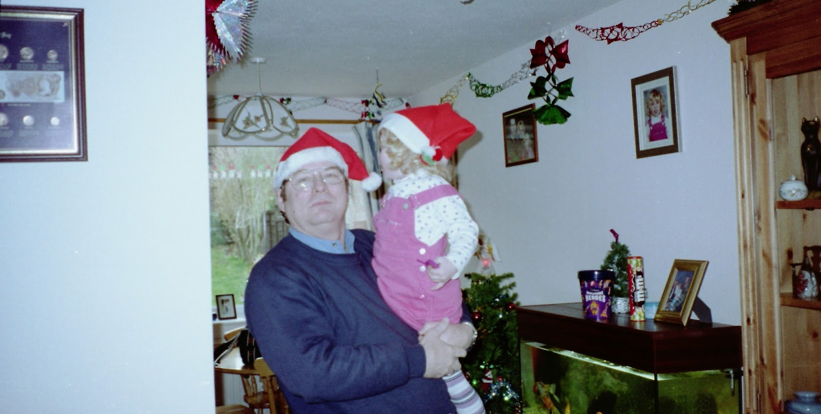 Christmas And Mental Health help support charities xmas OCD anxiety depression
