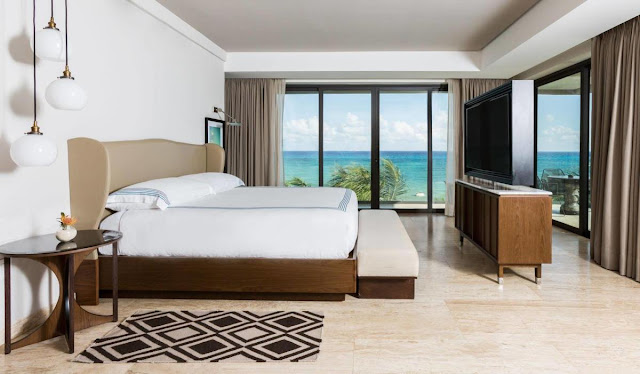 Thompson Beach House features 27 large guestrooms and suites that have free Wi-Fi, modern furnishings, and are located right on the beach in Playa del Carmen.