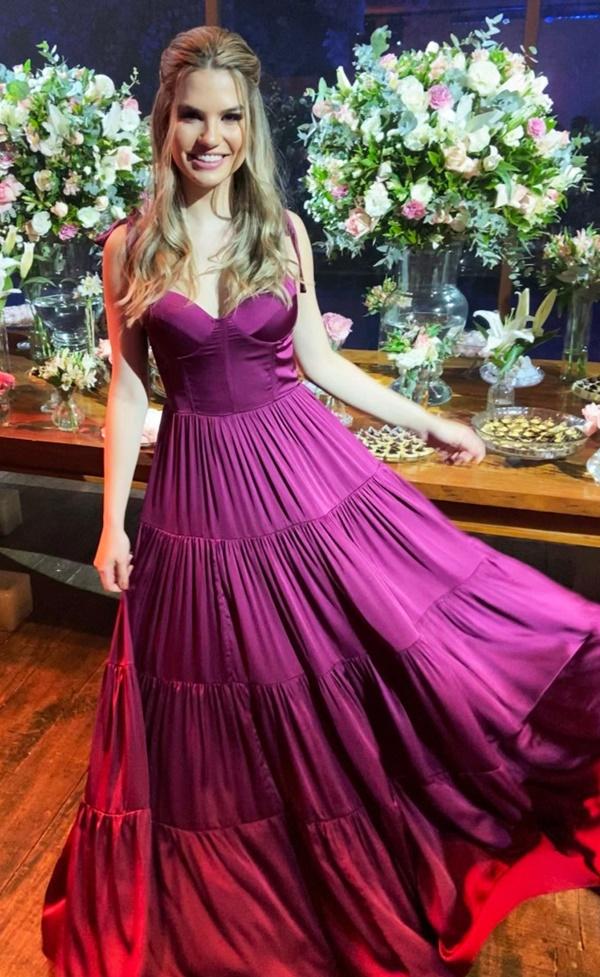 vestido longo uva para madrinha de casamento
