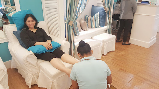 Nailaholics Nail Salon and Spa Celebrates the 2nd Year of National Pampering Day