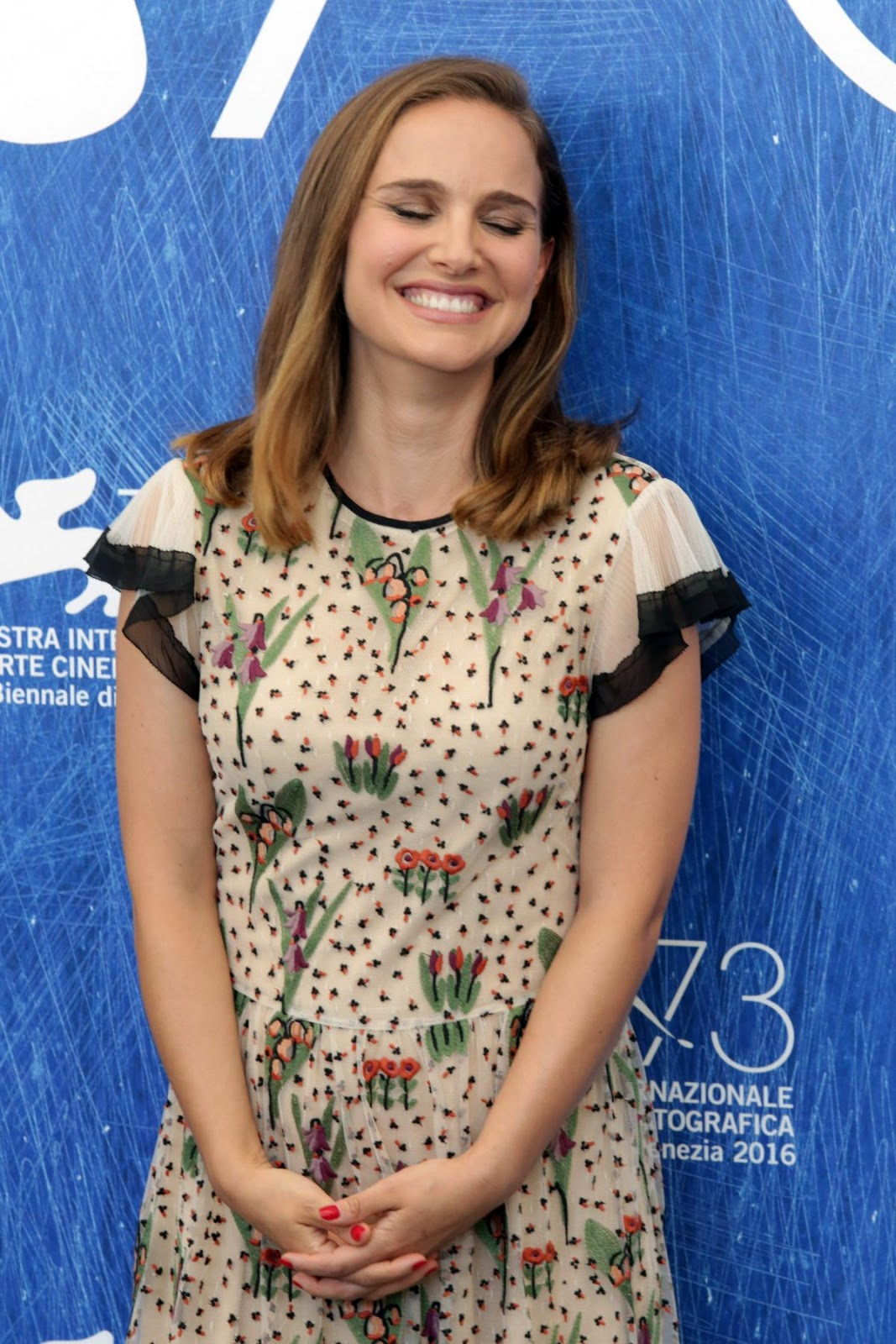 HQ Photos of Natalie Portman At Jackie Photocall At 73rd Venice Film Festival