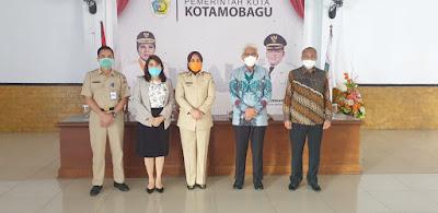 Walikota Tatong Bara Tandatangani PKS Dengan Dirut BSG Jeffry Dendeng Terkait  Gaji Pegawai
