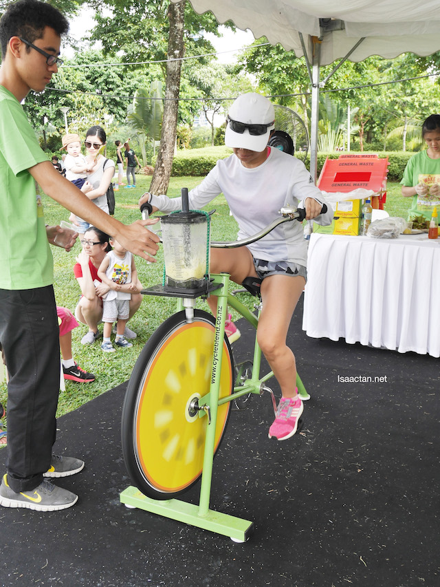 Working out to prepare your own Kiwifruit smoothies!