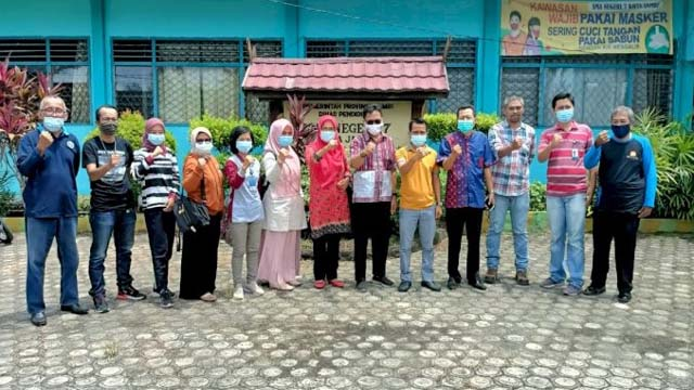 Jelang Aksi Sosial, Perwakilan SMSI dan BKKBN Tinjau Lokasi Acara di Ulu Gedong, Danau Teluk