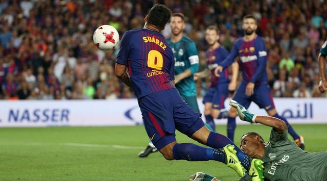 Luis Suarez Sekarang Sukanya Diving Bukan Gigit