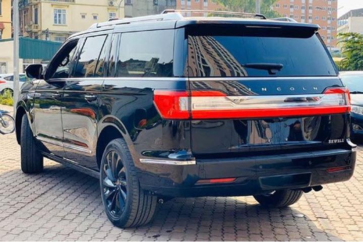 Lincoln Navigator 2020 giá hơn 8 tỉ đồng về Việt Nam