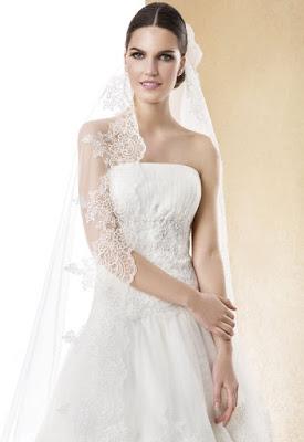 http://www.alessparis.fr/magnifique-une-couche-dentelle-tulle-longue-voile-de-mariage-p-9817.html