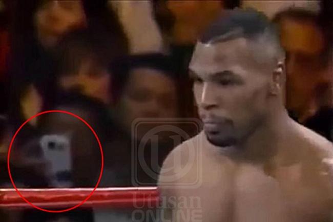 [Video] Pengembara Masa Rakam Perlawanan Tinju Mike Tyson Guna Telefon Berkamera?