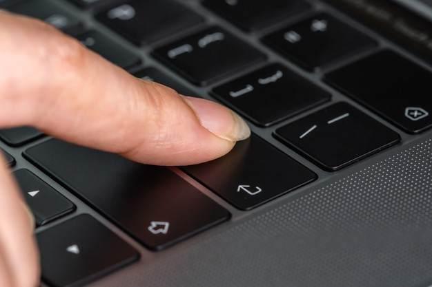 Fungsi Tombol Enter Pada Keyboard