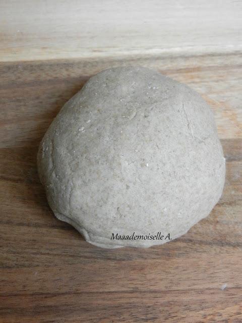 || Pâte à tarte sucrée à la farine de seigle - Sans beurre (vegan) et sans blé (faible en gluten)