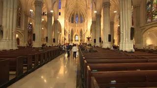 Homem tentou entrar na Catedral de São Patrício, em Nova York, com dois galões de gasolina