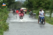 Banjir Rendam Jalan Dan Ratusan Hektar Tanaman Padi
