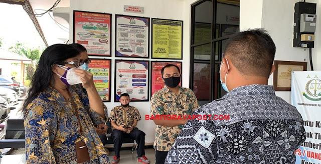 Persiapan ZI WBK, PN Pulpis Studi Banding ke Kantor Kejaksaan Negeri Pulang Pisau