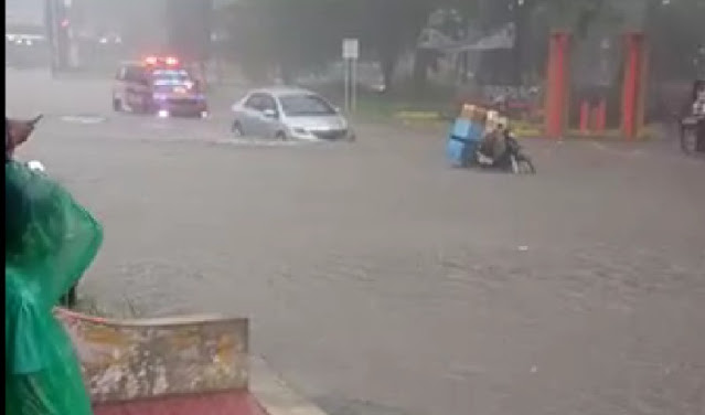 Semarang Kembali Terendam Banjir, Netizen Heboh di Media Sosial