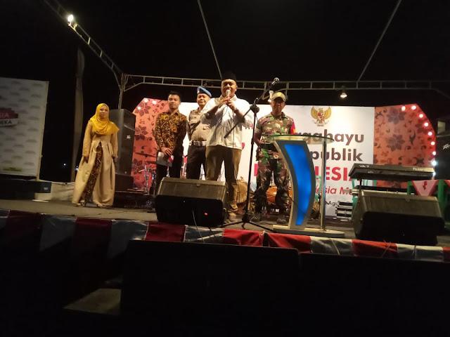 Serda Wardoyo bersama Bhabinkamtibmas Aiptu Agus Wiyono Hadiri Panggung Hiburan