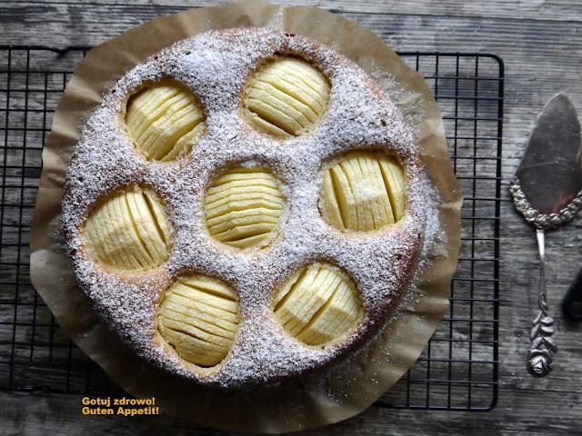 Migdałowe ciasto z jabłkami - Czytaj więcej »