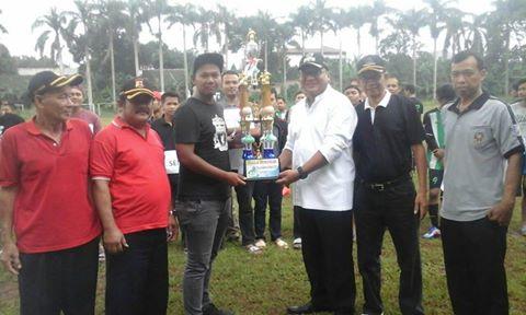 Pradi Buka Turnamen Sepak Bola Ramadhan Cup