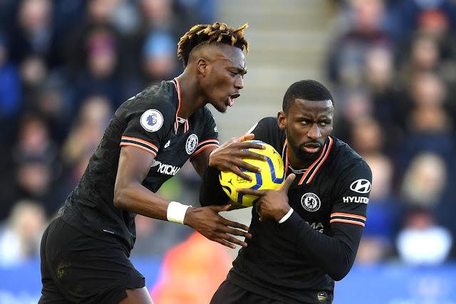 Video Cuplikan Gol: Leicester City 2-2 Chelsea (Premier League)