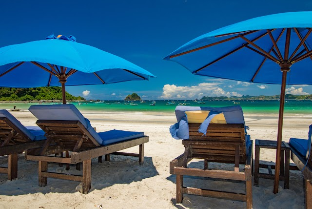 Pantai Selong Belanak – Surga Tersembunyi Pulau Lombok