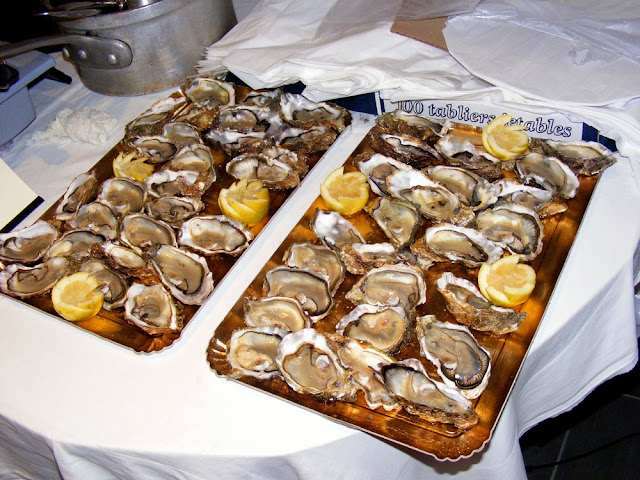 Oysters au naturel. Photo by Loire Valley Time Travel.
