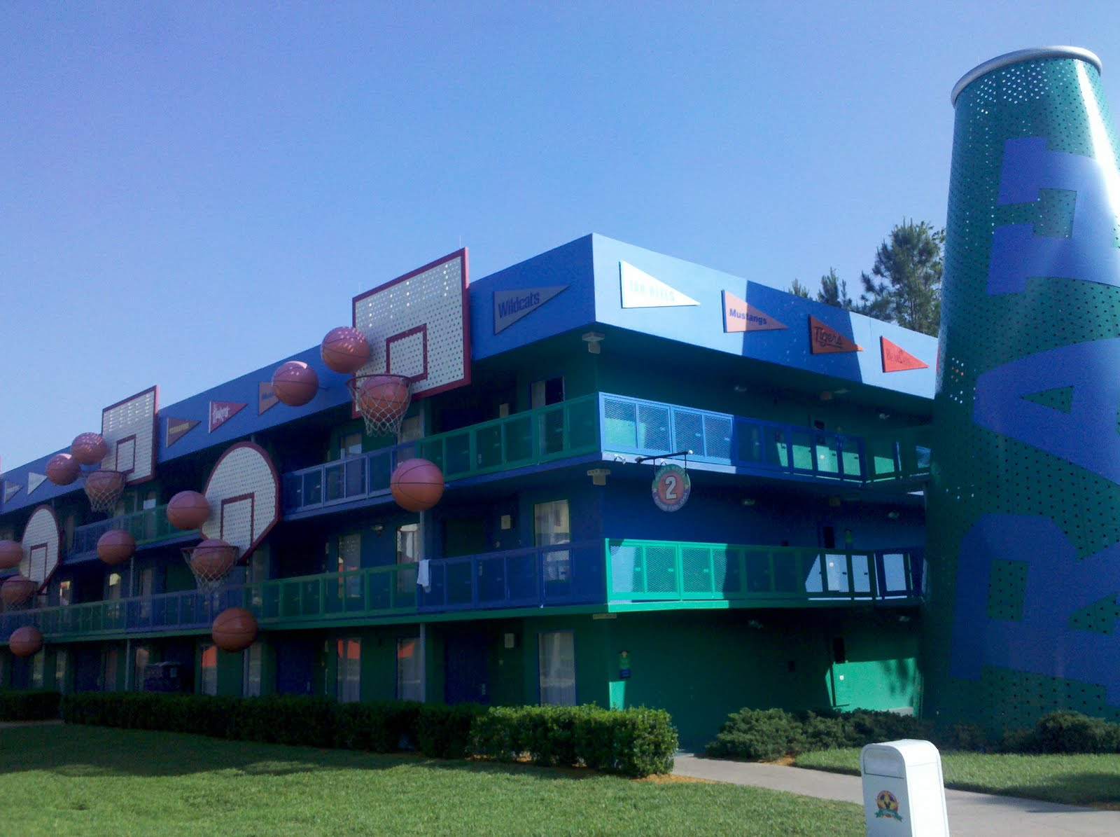 Disney S All Star Sports Resort Review The World Of Deej