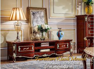 kabinet ukir,kabinet jati,kabinet french style,kabinet classic eropa,kabinet cat duco,kabinet jepara,kabinet ukiran,kabinet  klasik,toko jati,jual furniture klasik mewah,mebel interior klasik