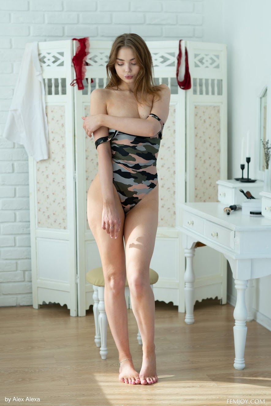 9068607010 [FemJoy] Kate K - Seduce