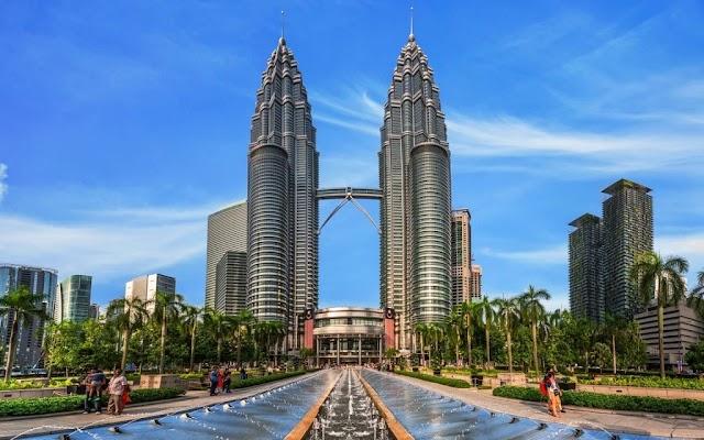 Malaysia Bebaskan Visa