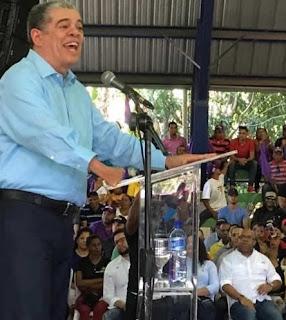 Un enfrentamiento entre el expresidente Leonel Fernández y el presidente Danilo Medina tendría consecuencias catastróficas tanto para el país como para el Partido de la Liberación Dominicana (PLD), afirmó Carlos Amarante Baret.