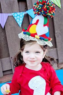 Gambar Bayi Perempuan Cantik Merayakan Ulang Tahun