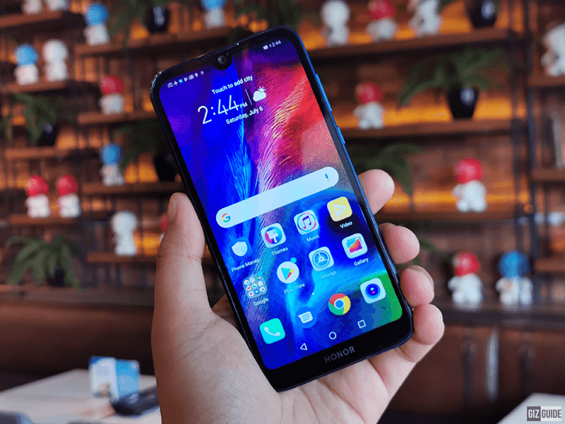 HONOR 8S Unboxing and First Impressions