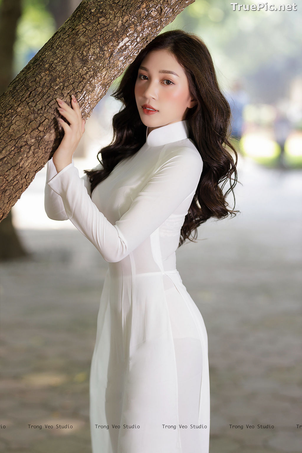 Image The Beauty of Vietnamese Girls with Traditional Dress (Ao Dai) #1 - TruePic.net - Picture-9