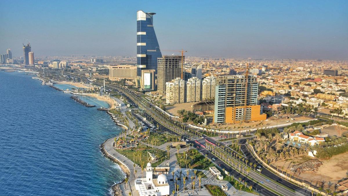 مدينة جدة عروس البحر الاحمر