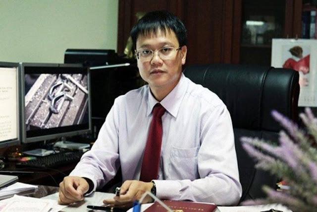 Thứ trưởng Bộ GD&ĐT bất ngờ tử vong tại cơ quan